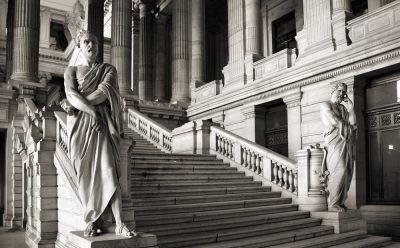 Raad van State vernietigt artikel 15 §1, 1° van het K.B. van 22 mei 2014